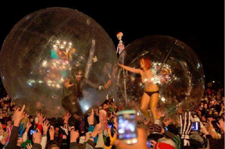 Freak Night Double Bubble
