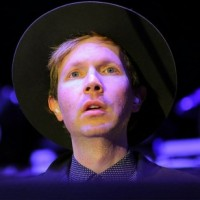 """Beck Working on """"Song Reader"""" Record; Reveals """"Morning Phase"""" Details"""